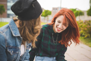 Feeling A Strong Connection To Someone You Barely Know (5 Reasons Why & What To Do)