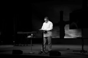 How To Become An Associate Pastor